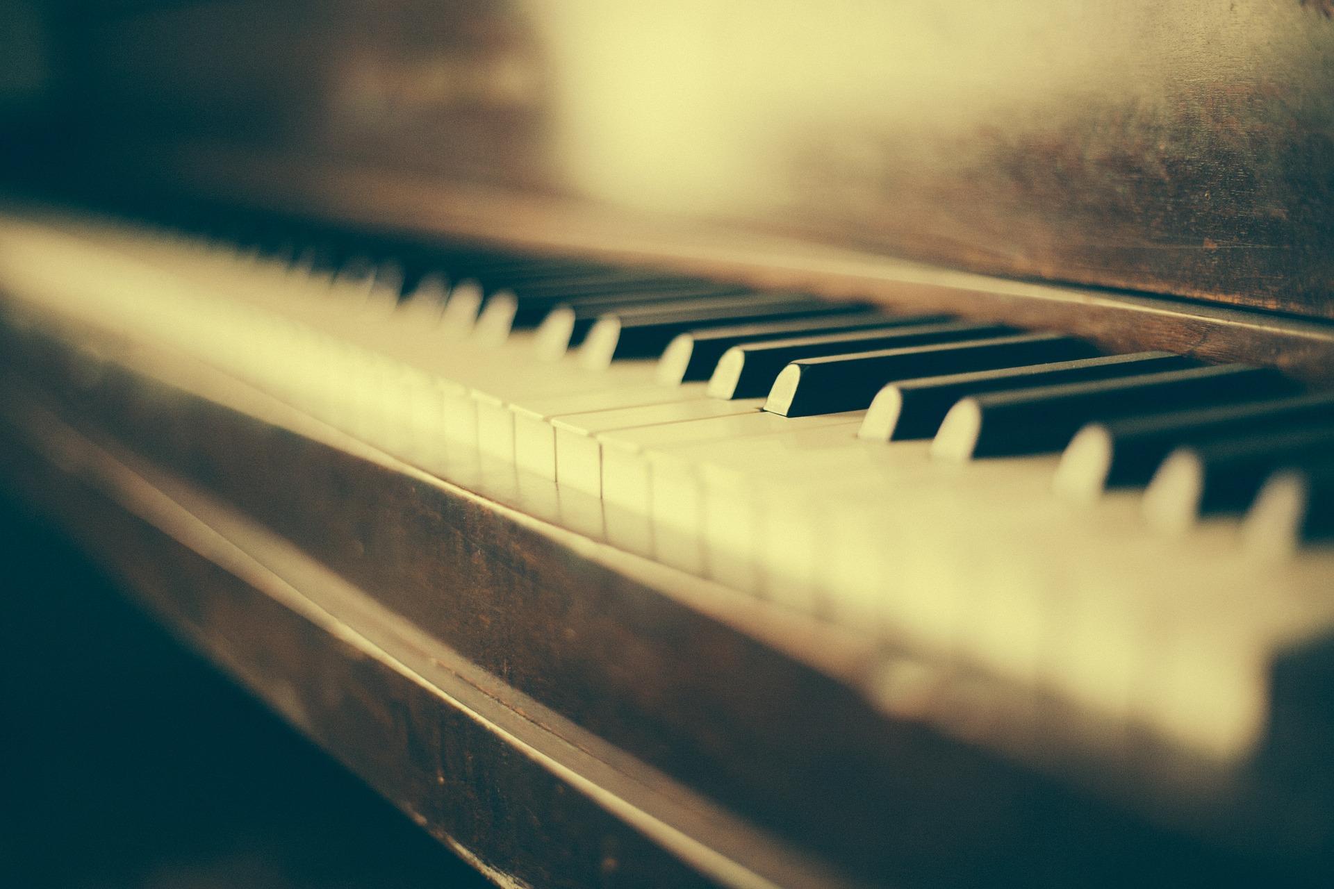 piano-349928_1920 (1)