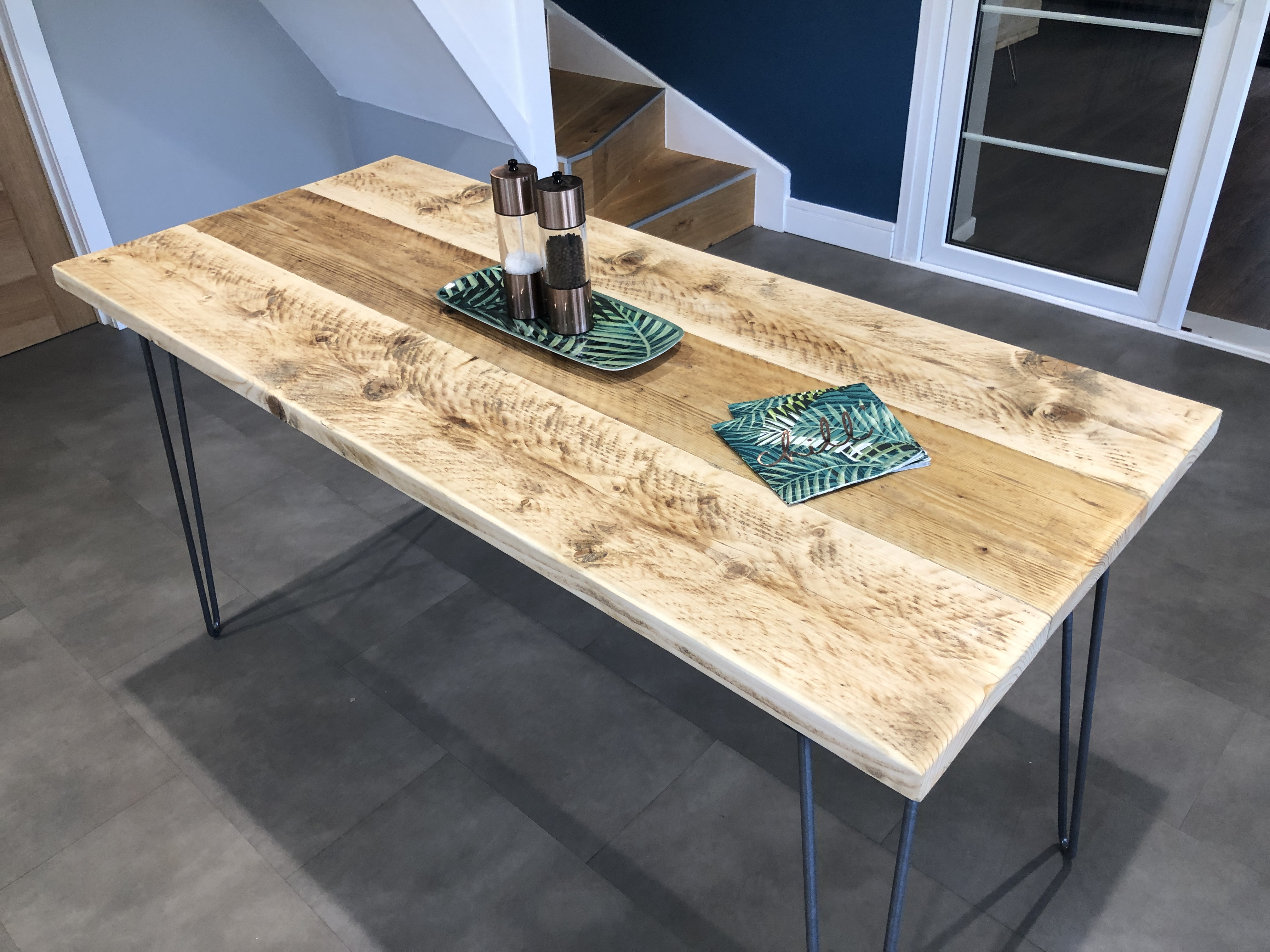 How To Make A 4 6 Seater Dining Table From Reclaimed Scaffold Boards Friday Ad Blog