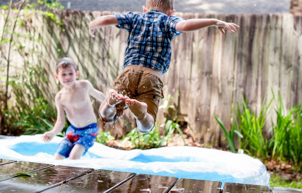 10 fun activities to occupy the kids this summer