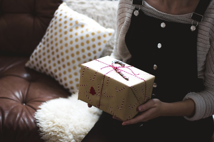 The Ultimate Secondhand Gifting Guide