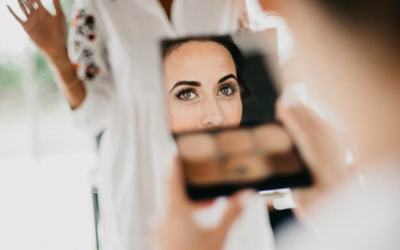 How To Become A Hair & Makeup Artist